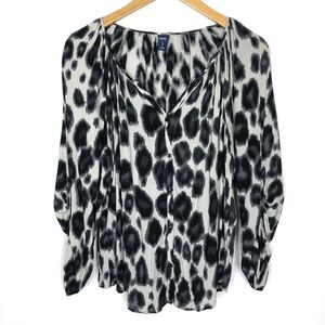 Old Navy Leopard Print 3/4 Sleeve Blouse